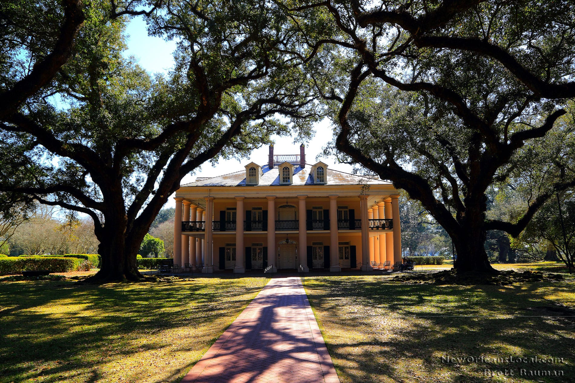 map to new orleans with Oak Alley Plantation Tour on The Amazing Topgolf Debuts Today moreover 868949053 also Stirling 3781 as well Stock Image Flower Carved Frame Image24889431 in addition Trans.